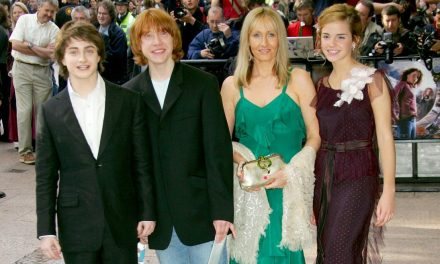 Harry Potter stars turn on JK Rowling in transgender row
