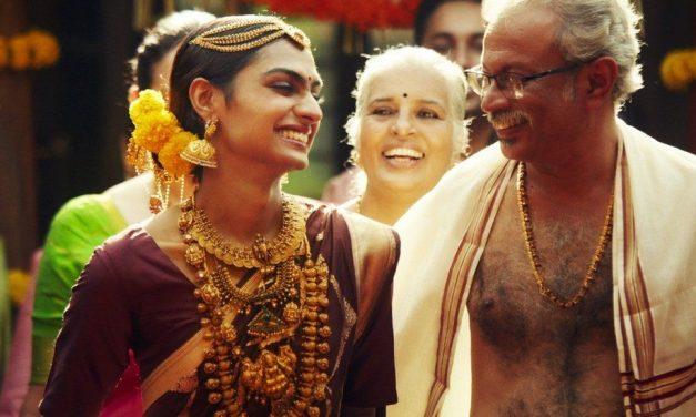 India jewellery ad starring transgender model wins hearts